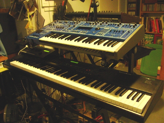 hardware synthesizers